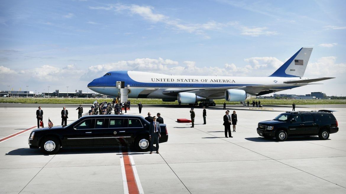 Trump reaches $3.9 billion deal with Boeing on new presidential planes