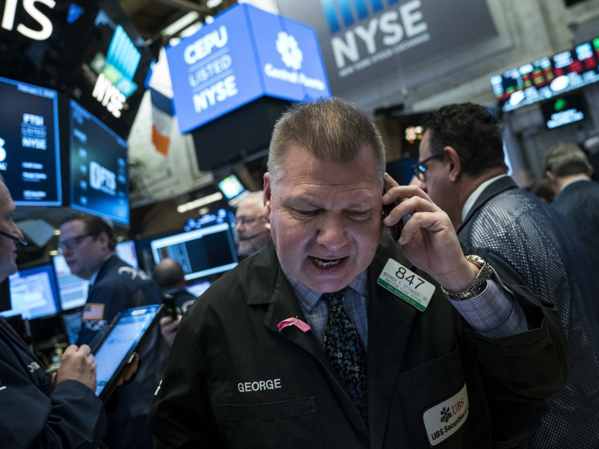 Dow industrials drop 600 points, extending a weeklong slump