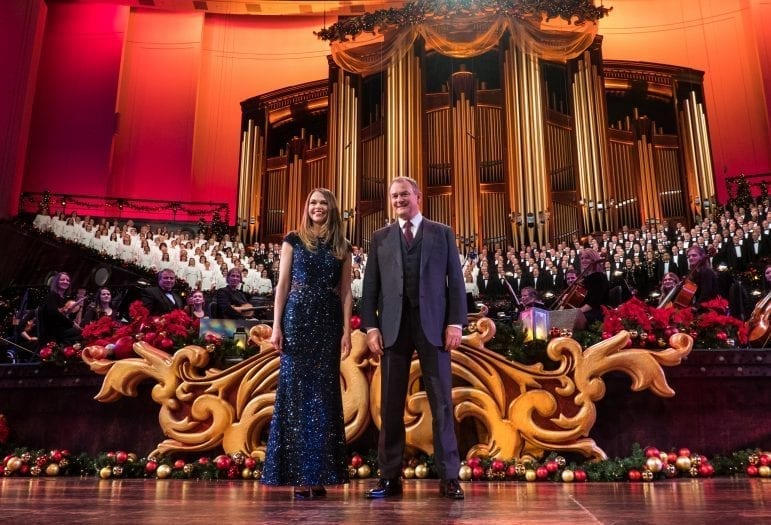 Christmas with the Mormon Tabernacle Choir Featuring Sutton Foster and Hugh Bonneville
