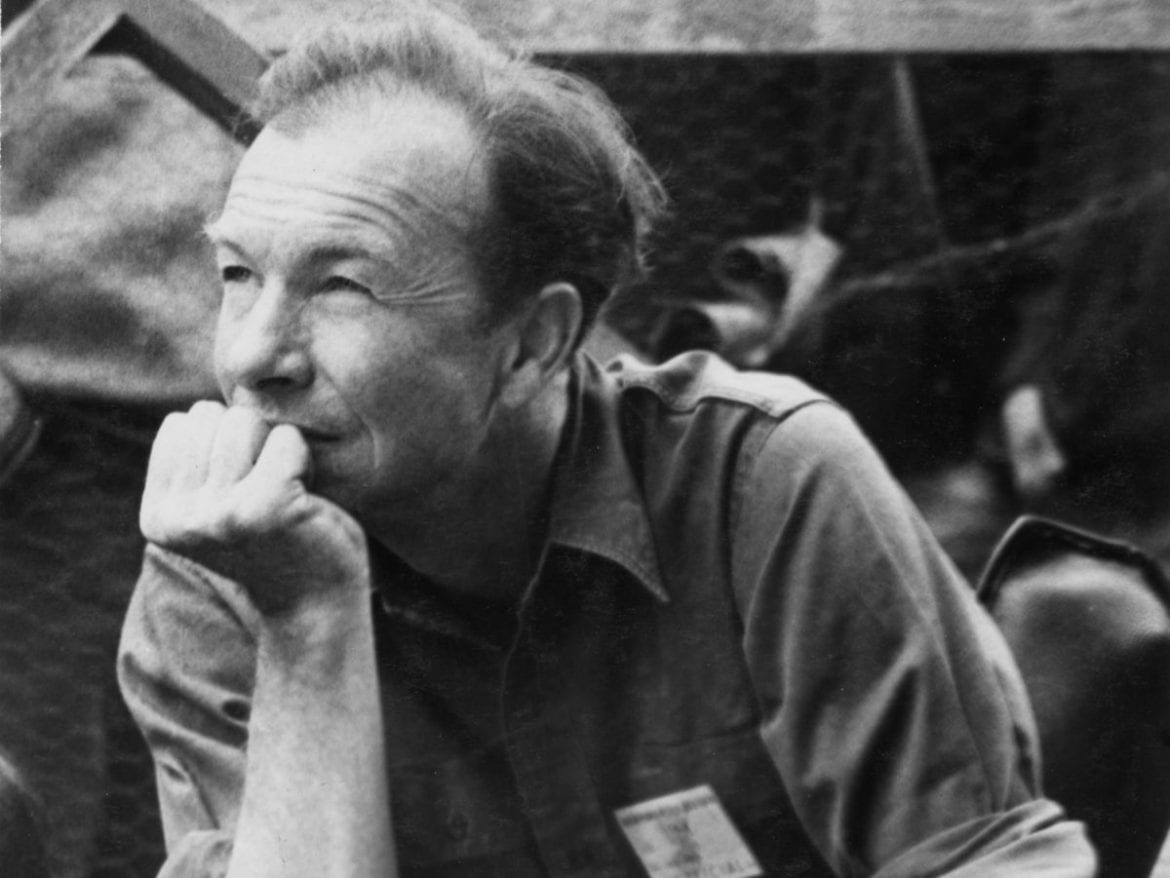 Pete Seeger: The Smithsonian Folkways Collection is a six-CD collection of Seeger's previously unreleased music, accompanied by a 200-page book.